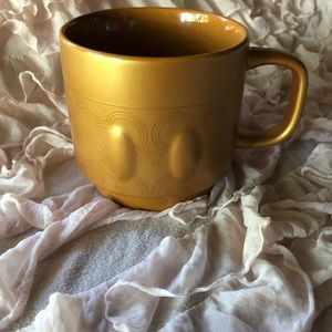 BNWOT Mickey Mouse Limited Edition gold mug